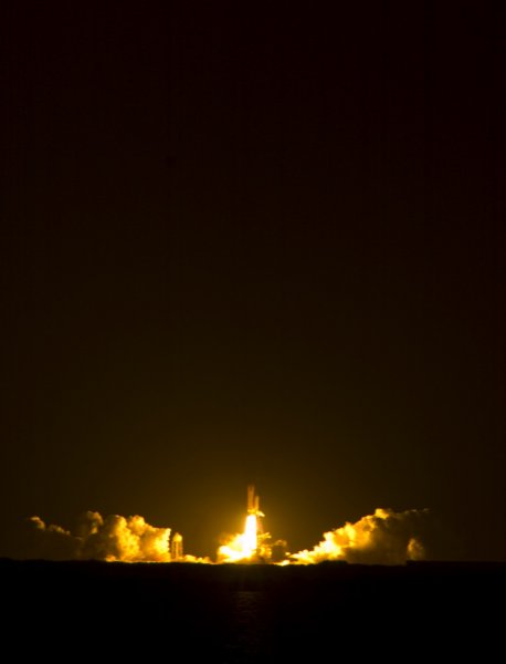 discovery-april_050