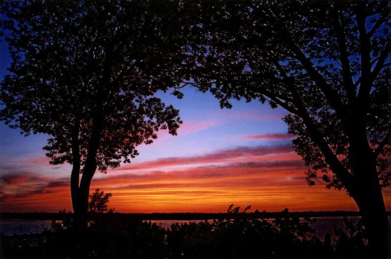 yacht-club-sunset_01
