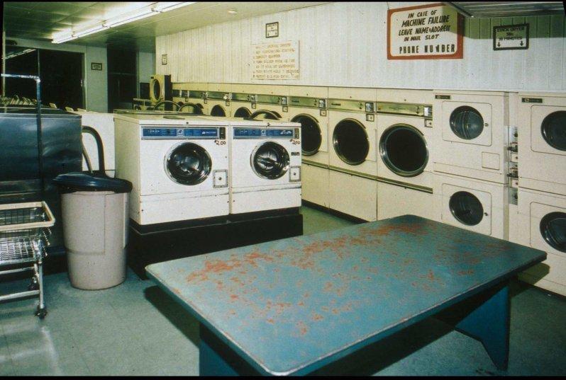 laundry-edit_01_01